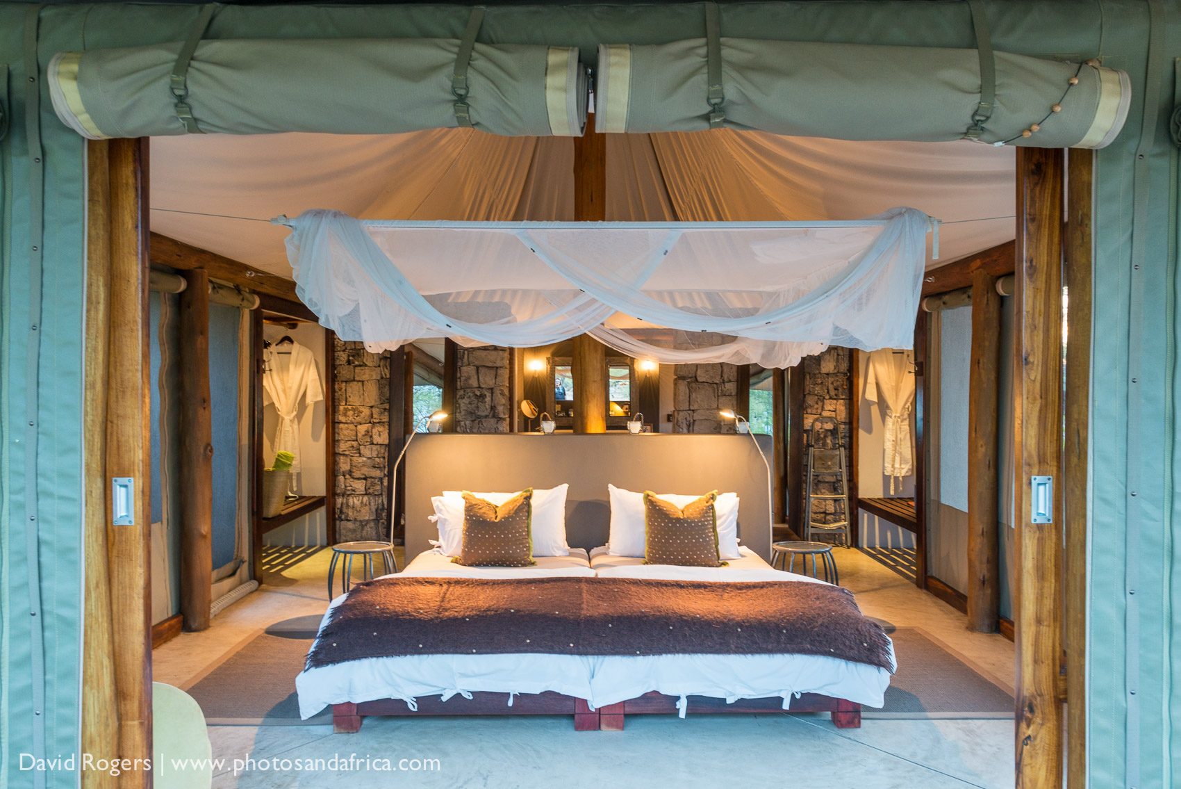 Featured lodge--Onguma camps and hide